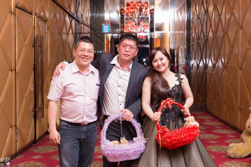 婚禮攝影-高雄-晚宴-士元&馨予 X 享溫馨囍宴會館  (84)