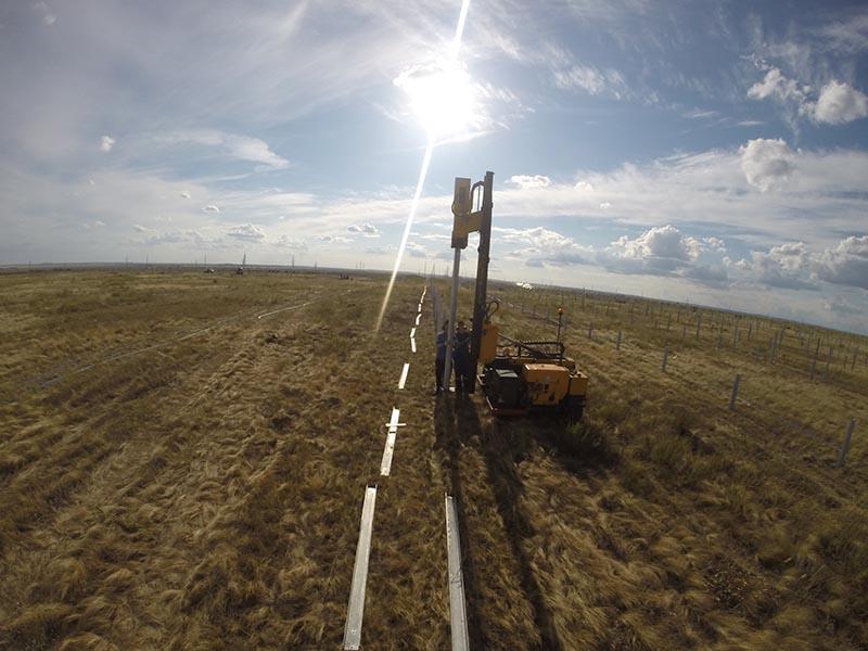 Сваебойная машина для солнечных электростанций