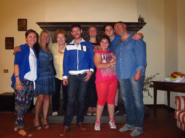 Claudia, Pompilia, Valeria, Nick, Pina, Giorgia, Pietro, Luca