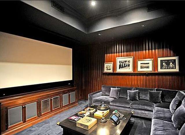 Домашний кинотеатр у Джейсона Стейтема