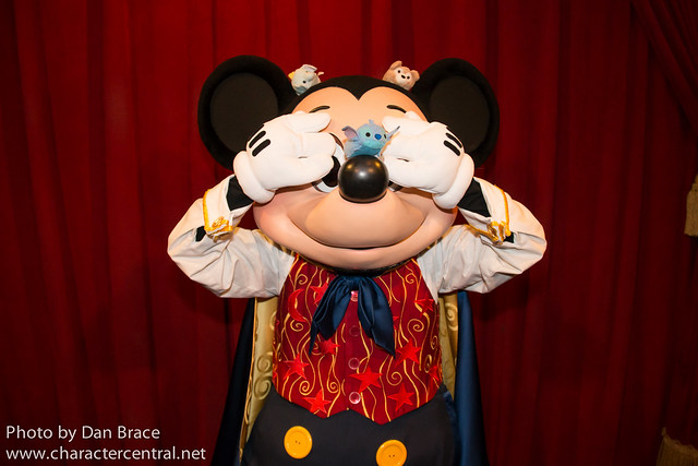 The Tsums have fun with Mickey