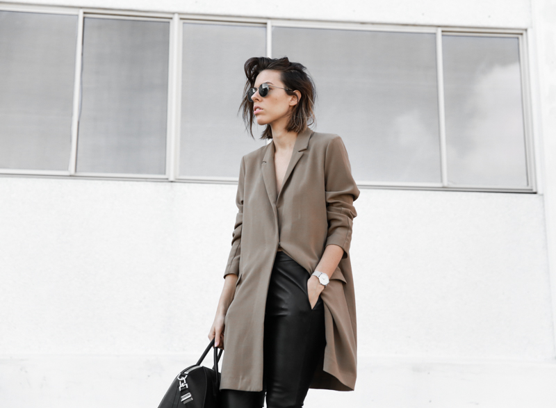 modern legacy, fashion blog, street style, leather pants, minimal, neutrals, Larsson Jennings silver watch, oversized blazer, ASOS (1 of 1)
