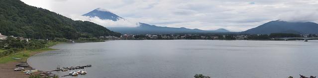 清晨的富士山河口湖