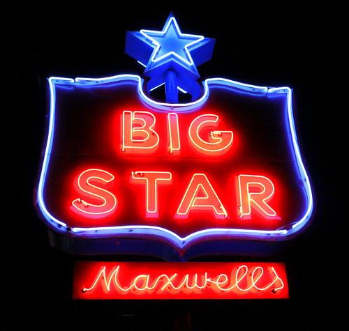 sign star neon tn tennessee bolivar supermarket maxwell grocerystore maxwells bigstar hardemancounty bmok tn18 bmok2 tn125 maxwellsbigstar