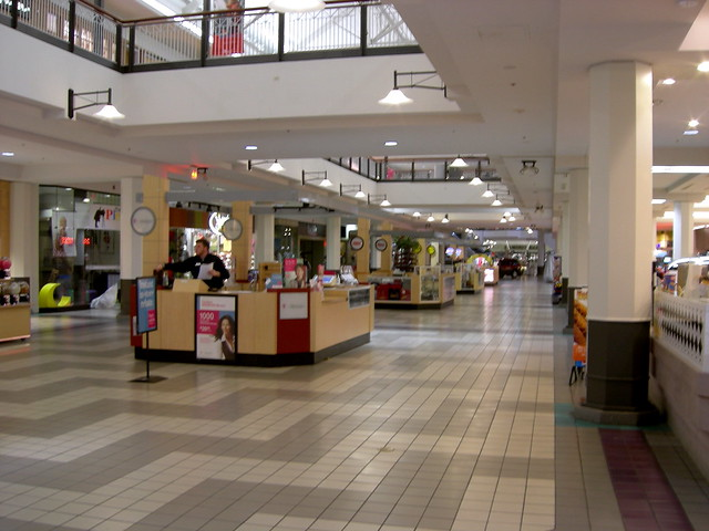 Mid Rivers Mall Shoe Stores