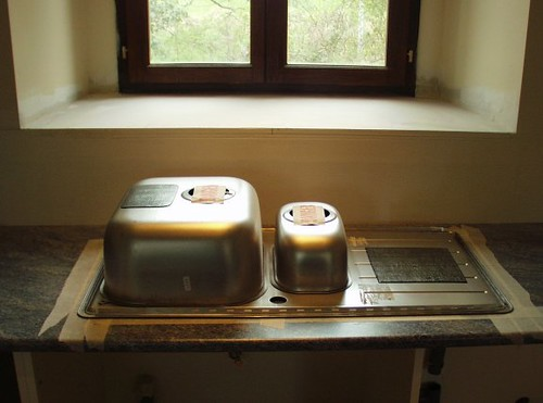 Kitchen Sink Sizes To What Size Cabinet