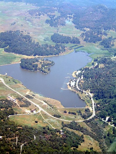 pre cedar fire   flying over cuyamaca lake with tracy reed   dscf5065