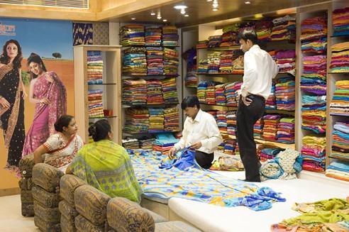 Indian sari shop flickr photo sharing - Telas de la india online ...