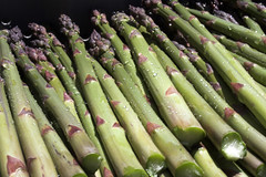 plant stem(0.0), vegetable(1.0), asparagus(1.0), produce(1.0), food(1.0), asparagus(1.0),