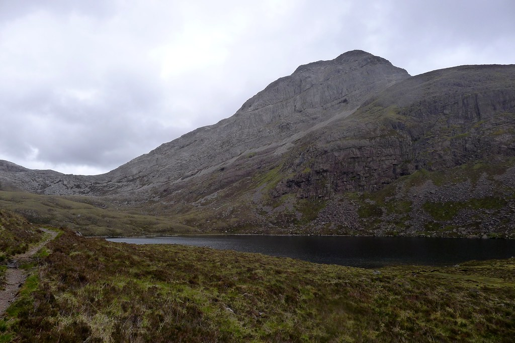 Looking back to An Ruadh-Stac