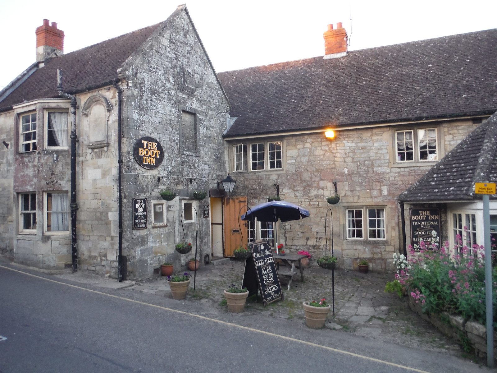 The Boot Inn SWC Walk 249 Tisbury Circular via Dinton and Fovant