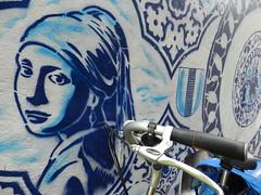 "BLUE""Delfts- & ander blauw"