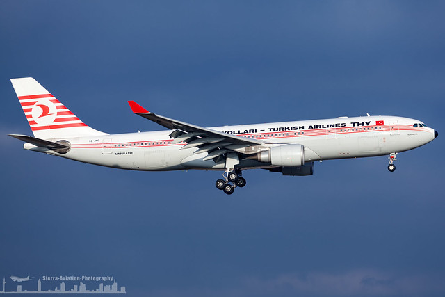 TC-JNC Turkish Airlines Airbus A330-203 THY retro colours