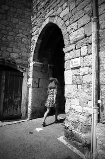 passant la Porte Sarrazine