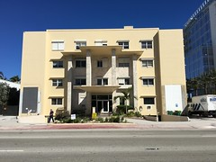 Mid-Century Surf Club Apartments Surfside