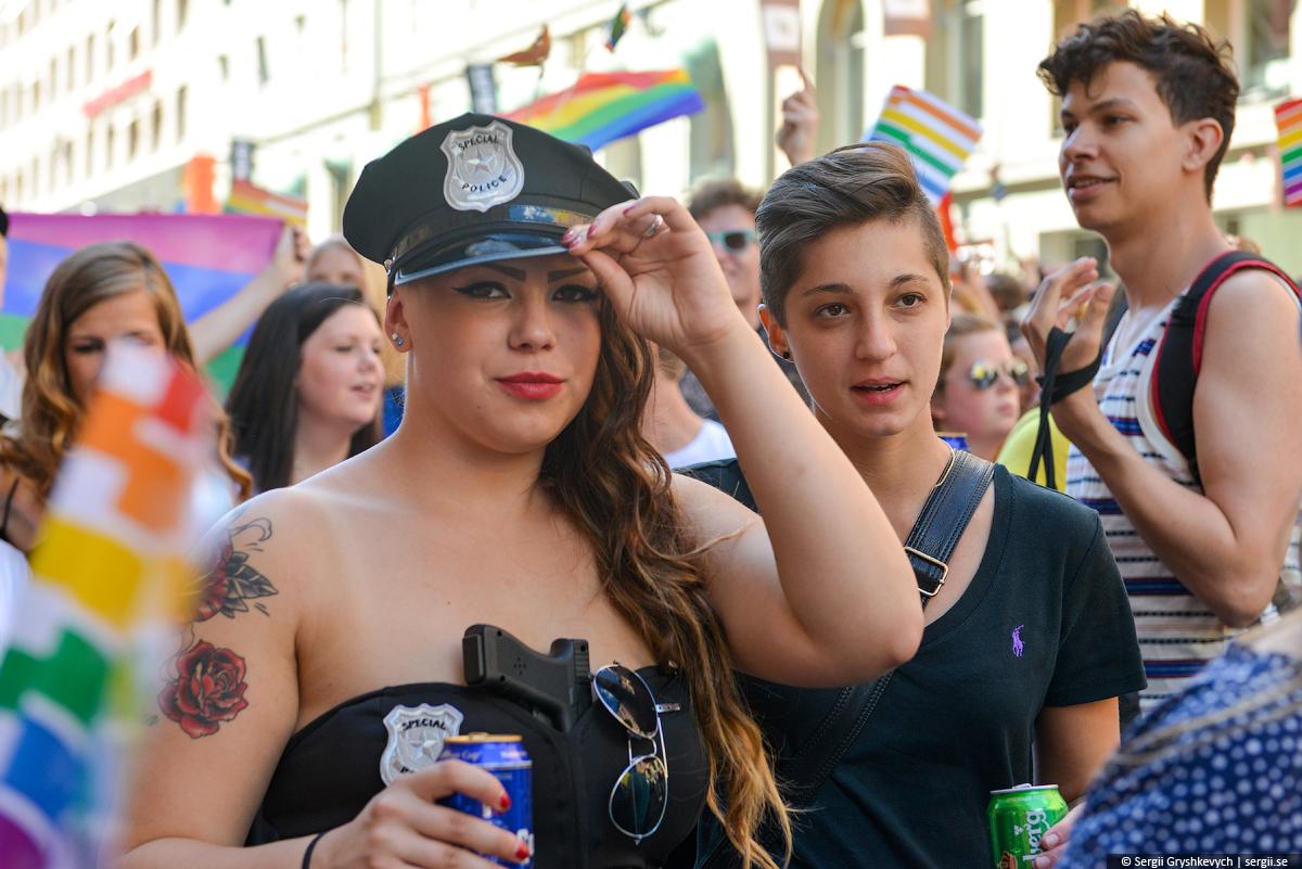 Stockholm_Gay_Pride_Parade-6