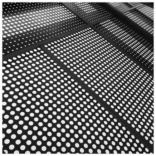 Circles & Lines. #taiwan #nantou #caotun #architecture #台灣 #南投 #草屯