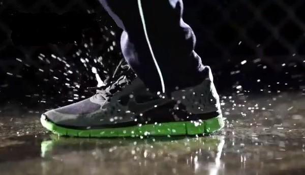 Cách làm sạch giày nam trong những mùa mưa
