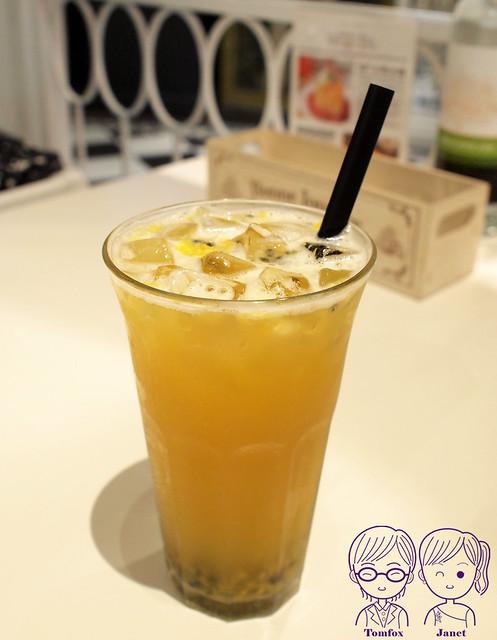 22 冰果甜心 百香綠茶