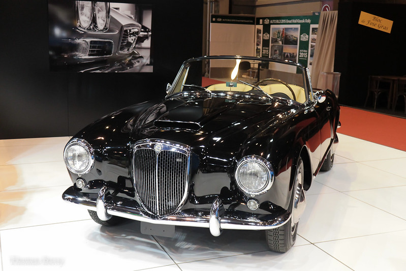 [75][04 au 08/02/2015] 40ème Salon Retromobile - Page 14 20506936041_a0726408a2_c