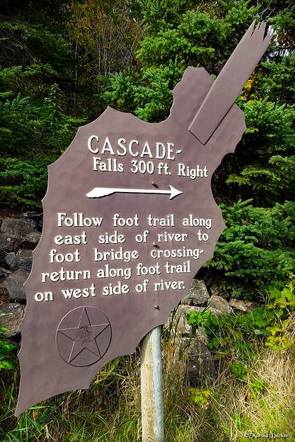 Landmark Sign at Cascade