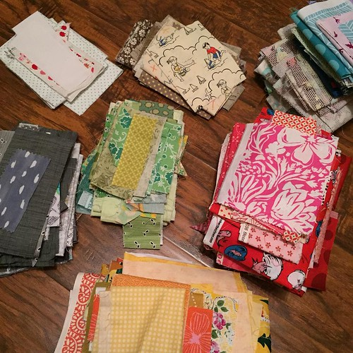 203:365 Now that my scrappy kitty blocks are all complete its time to reorganize and start thinking about the upcoming scrappy applique class hosted by @houstonmqg
