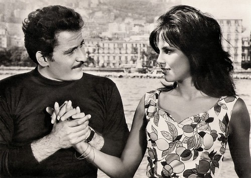 Antonella Lualdi and Domenico Modugno in Appuntamento a Ischia (1960)