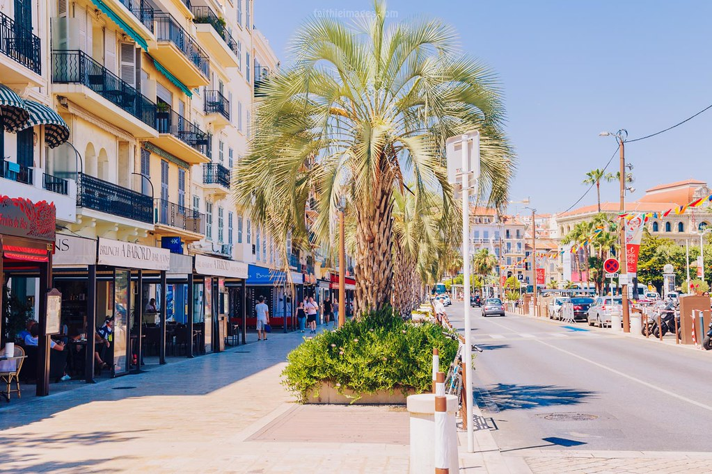 the vieux port shops in Cannes, France