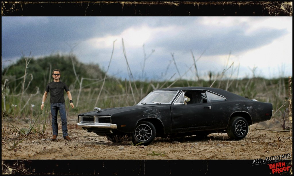 White Dodge Challenger >> 1:18 Death Proof Dodge Charger | Anyone that saw Quentin ...