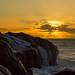 despues de la ola,antes que el mar apague el sol by Bernardo Guzman Roa