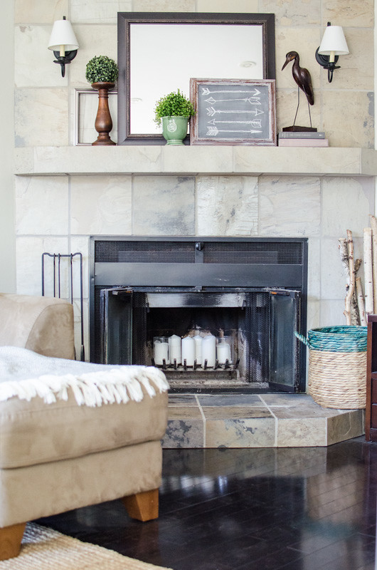 How to Decorate a Summer Mantel