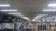 Olhando os livros do alto