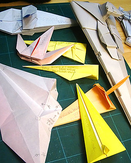 Folding guide parts of the Star destroyer origami.