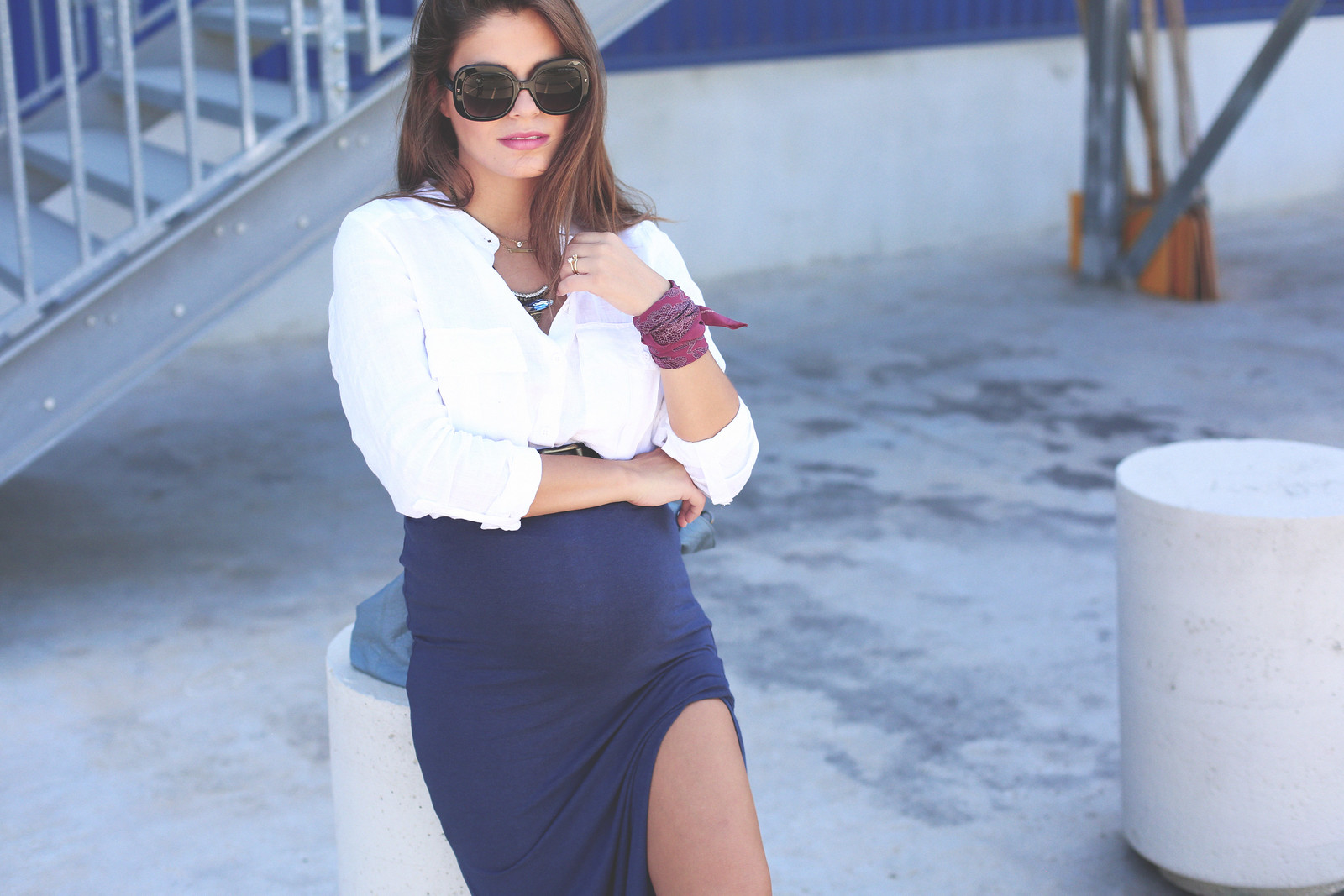 5. blue long pencil skirt white linen shirt - jessie chanes - pregnancy