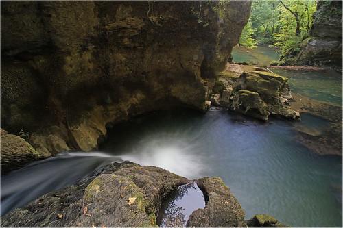 les de canyon jura pont cascade marmite dieu dames baume grâce doubs eaux vives moulins chaudière cuves audeux silley cuisançin bléfond aïssey sesserant