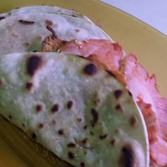 Corn tortillas with siracha turkey an rice. Yum. #FoodPorn #dinner