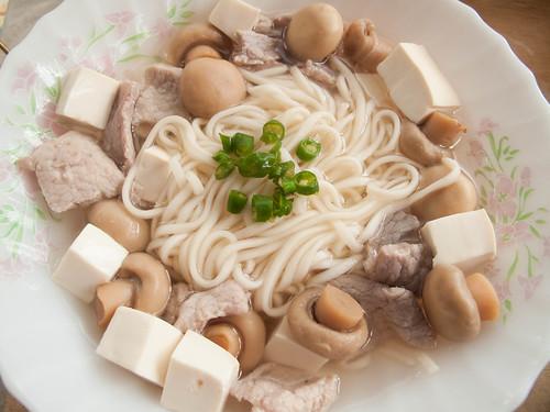 017 豆腐蘑菇面