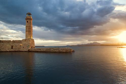 sea sky lighthouse clouds sunrise crete rethymno κρήτη σύννεφα θάλασσα ανατολή ρέθυμνο ουρανόσ φάροσ