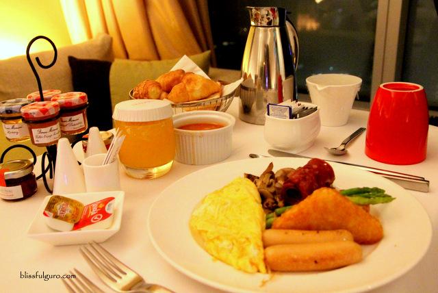 Traders Hotel Kuala Lumpur Malaysia Breakfast
