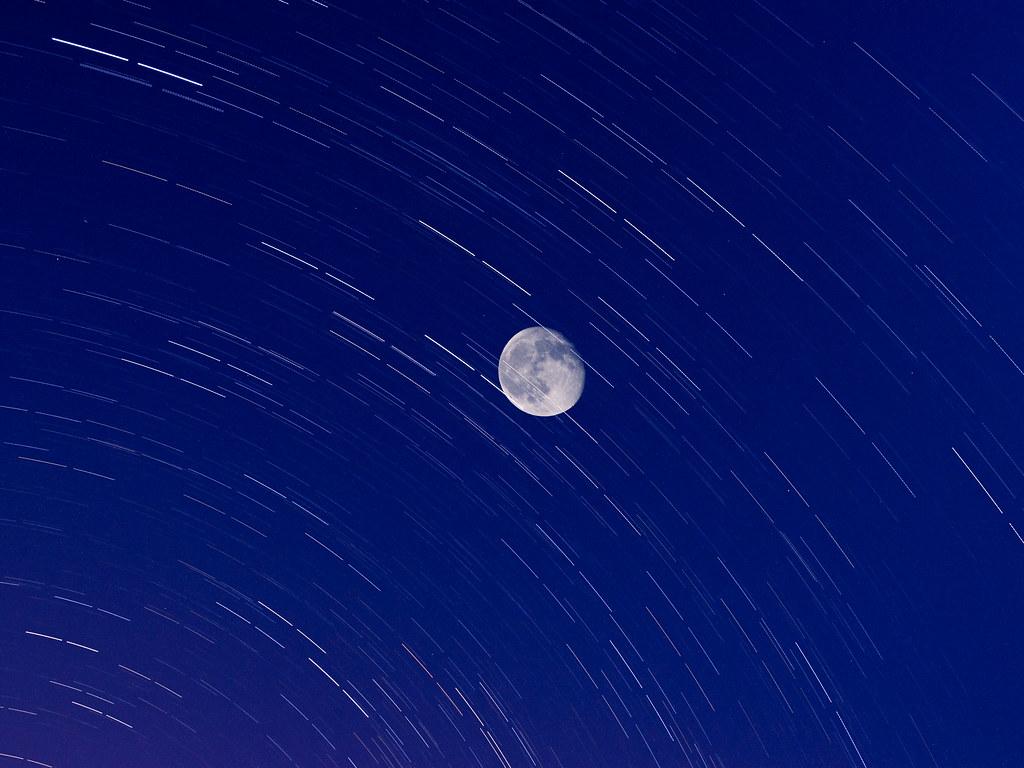 最近的月亮