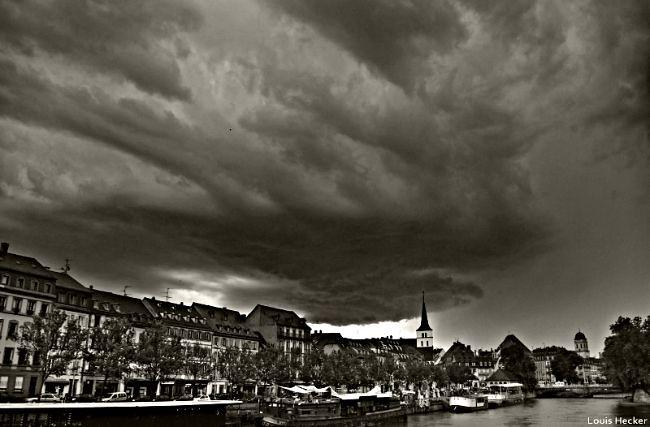arrivée d'un orage sur Strasbourg météopassion