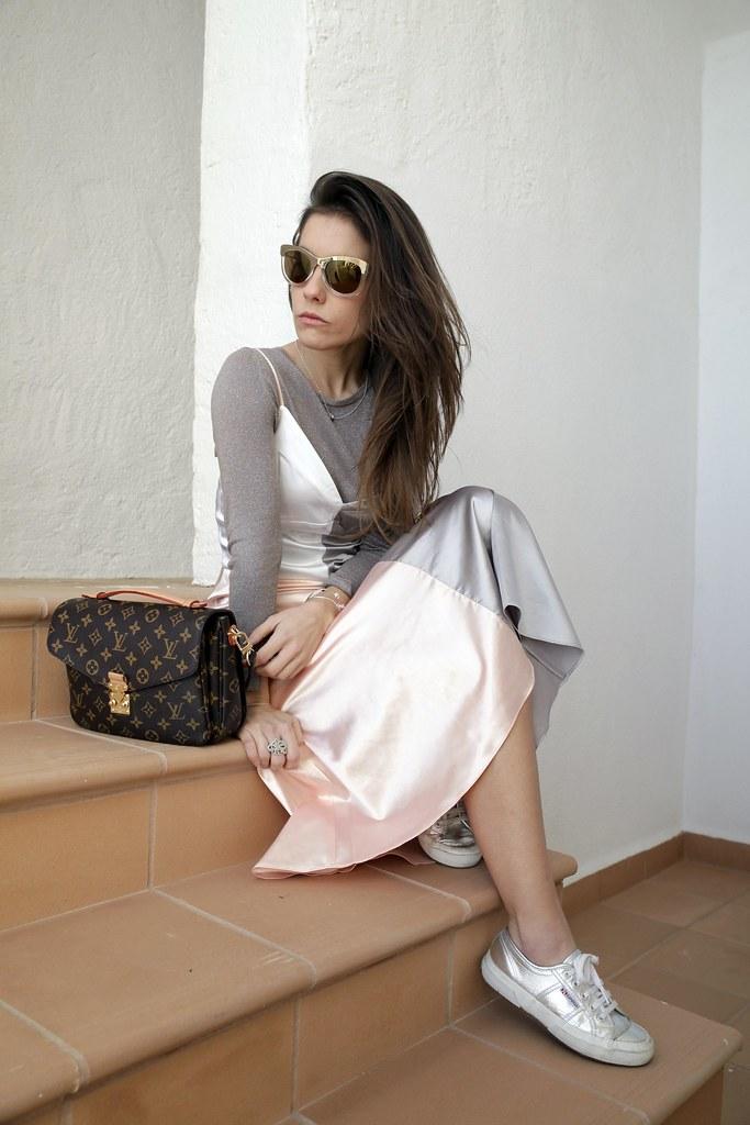 012_satin_dress_nakd