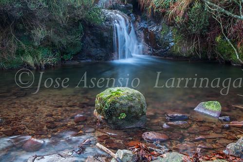 Agua , efecto seda #DePaseoConLarri #Flickr -3735