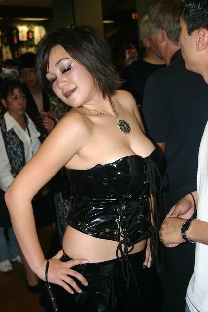 Alison lohman lesb