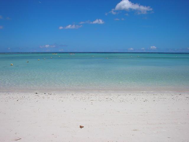 タモンビーチ @Tumon beach