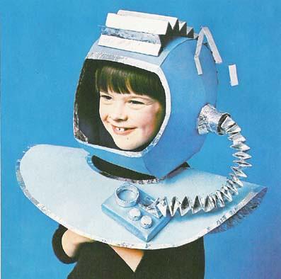 Casco de astronauta de cartón | Flickr - Photo Sharing!