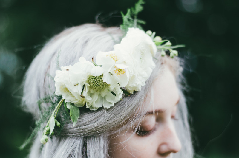DIY Flower Crown on juliettelaura.blogspot.com