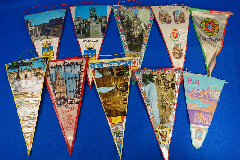 RD15162 Assortment of 10 Travel Pennant Flags From Andalusia, Spain & Vicinity DSC08716