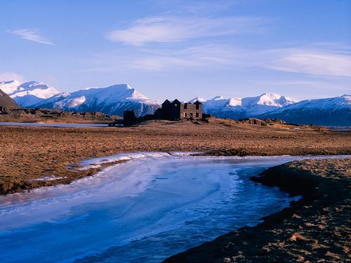 film analog sunrise iceland islandia decay e6 e100g mamiya645protl tetenal3bathkit f0295 exif4film opticfilm120 plustekopticfilm120