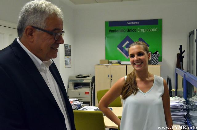 José Luís Martín Aguado y Belén conversan en torno a la creación de la nueva empresa